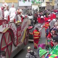 Wagenbegleiter beim Karnevalsumzug in Bad Salzig (Quelle: Alfons Volk)